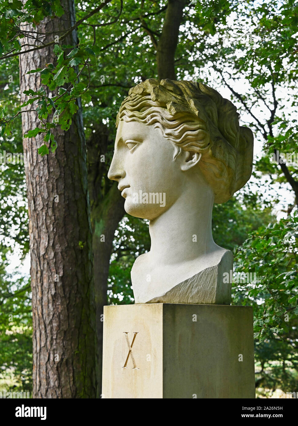 xth-muse-outdoor-artwork-by-ian-hamilton-finlay-gala-hill-wood-jupiter-artland-bonnington-house-wilkieston-west-lothian-scotland-united-king-2A26N5H.jpg