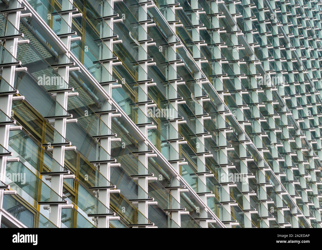 cork-county-hall-building-with-louvered-glass-facade-cladding-climate-control-2A2EDAP.jpg