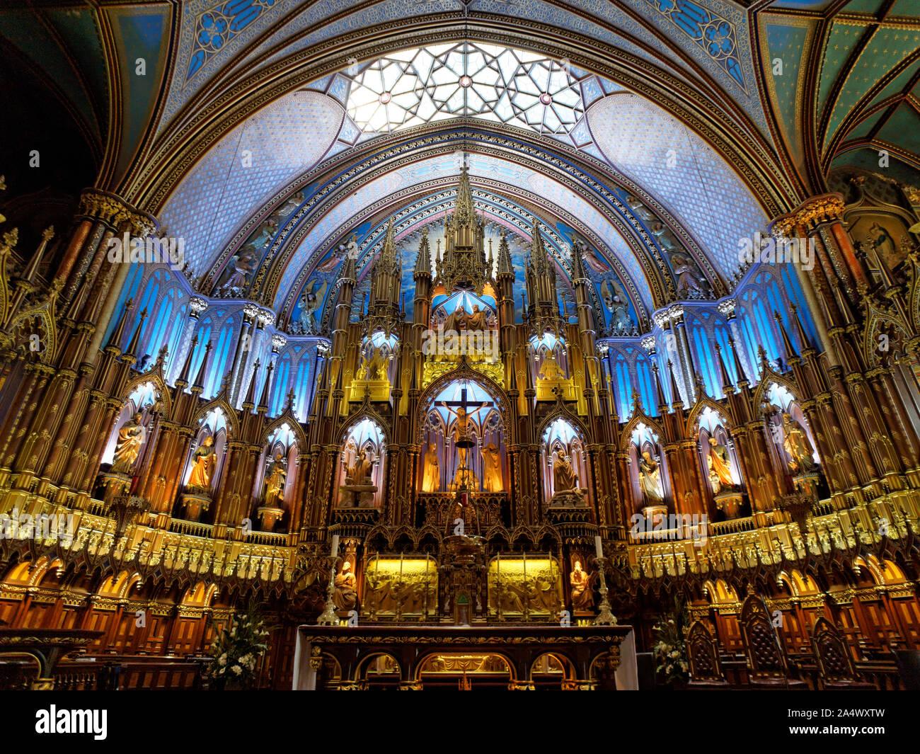 main-altar-inside-notre-dame-basilica-ol