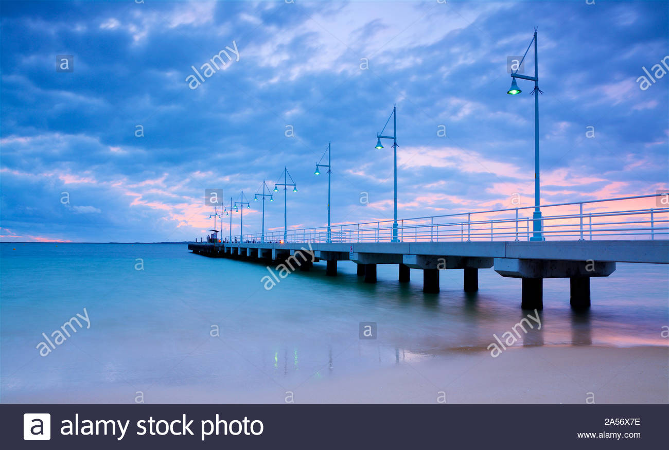 sunset-at-val-street-jetty-rockingham-western-australia-2A56X7E.jpg