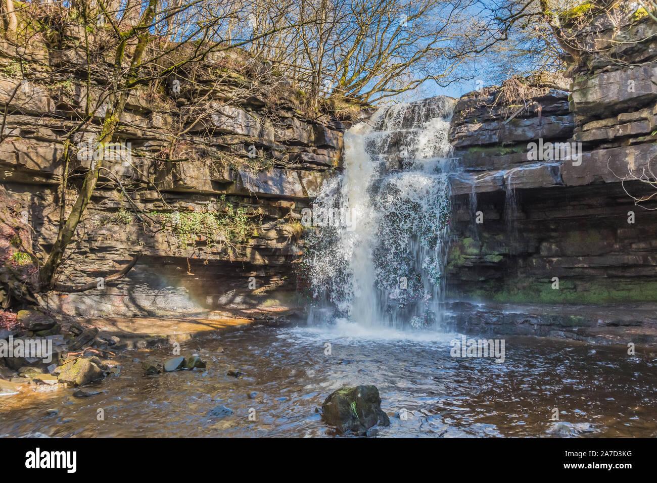 summerhill-force-waterfall-gibsons-cave-bowlees-teesdale-2A7D3KG.jpg