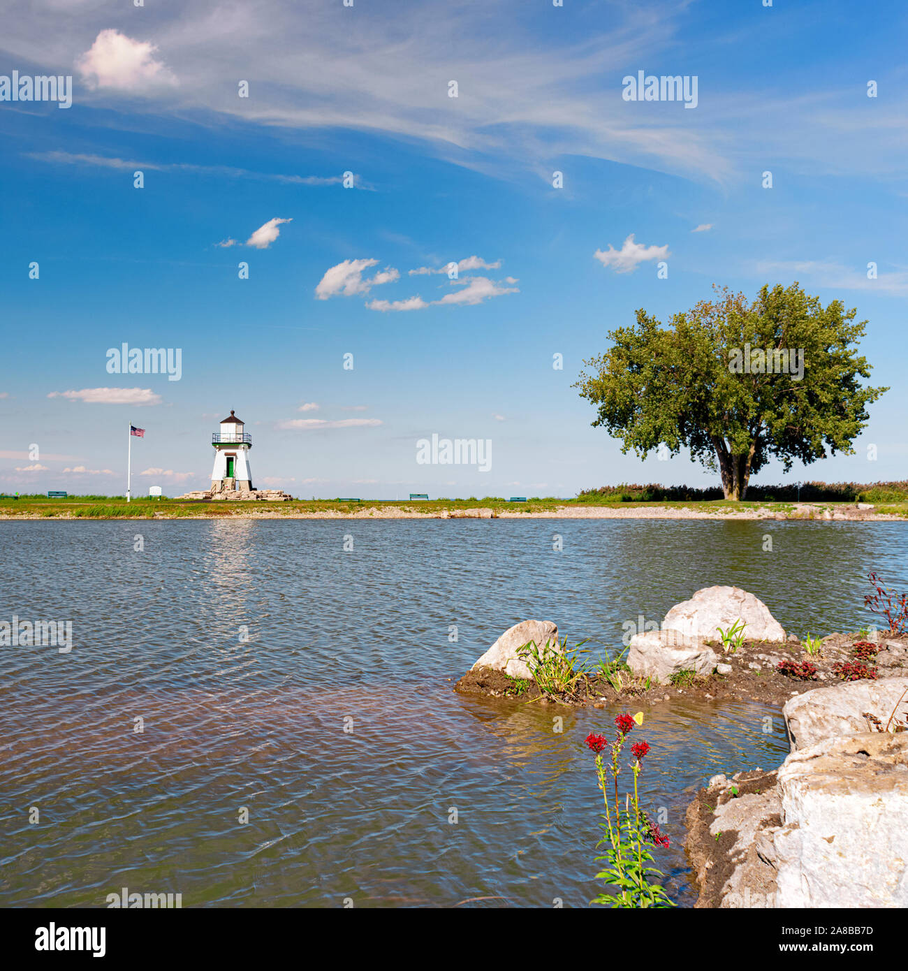port-clinton-light-station-port-clinton-ohio-great-lakes-lighthouse-lake-erie-is-behind-it-taken-across-a-small-pond-nearby-see-more-info-2A8BB7D.jpg