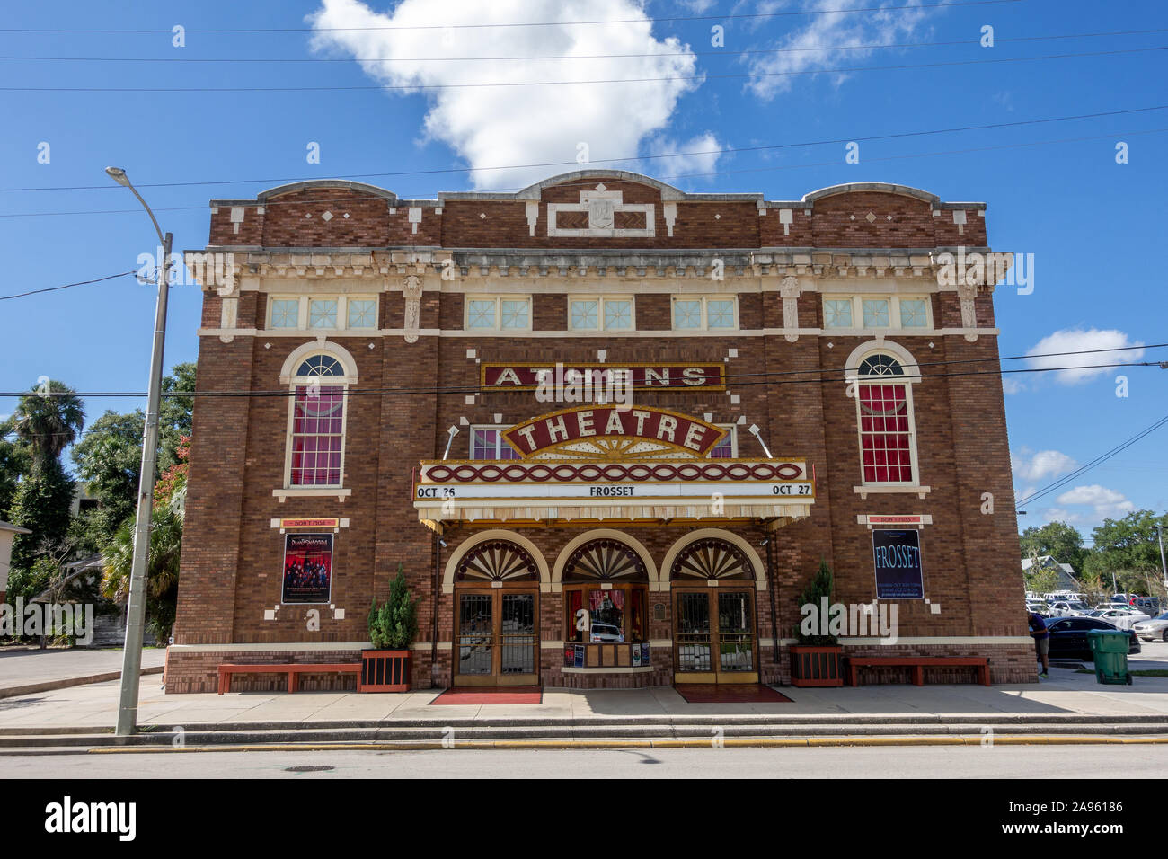 the-historic-athens-theatre-building-dating-from-1921the-architecture-style-is-italian-renaissance-in-the-historic-downtown-of-deland-florida-usa-2A96186.jpg