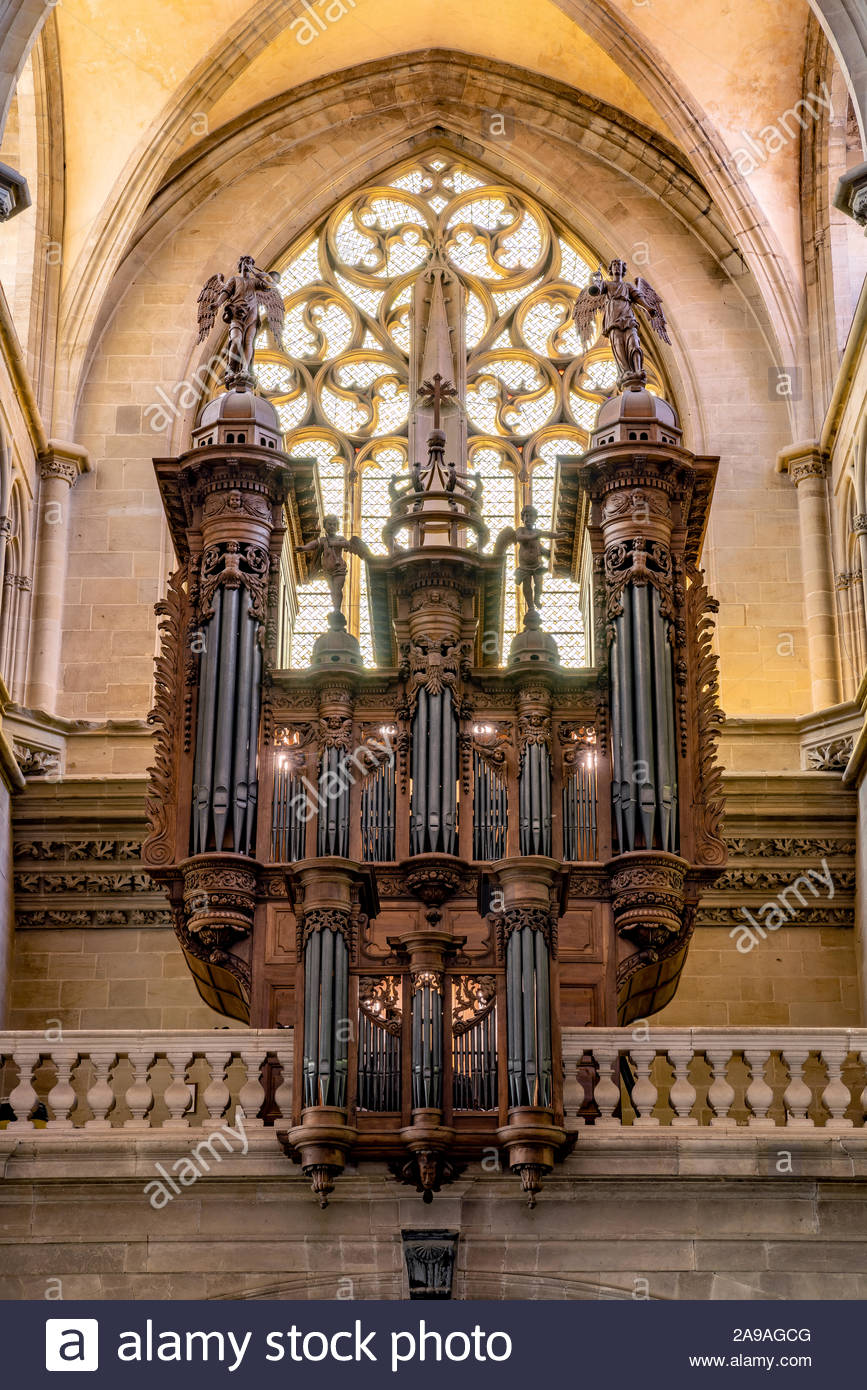 saint-antoine-labbaye-the-great-organ-in