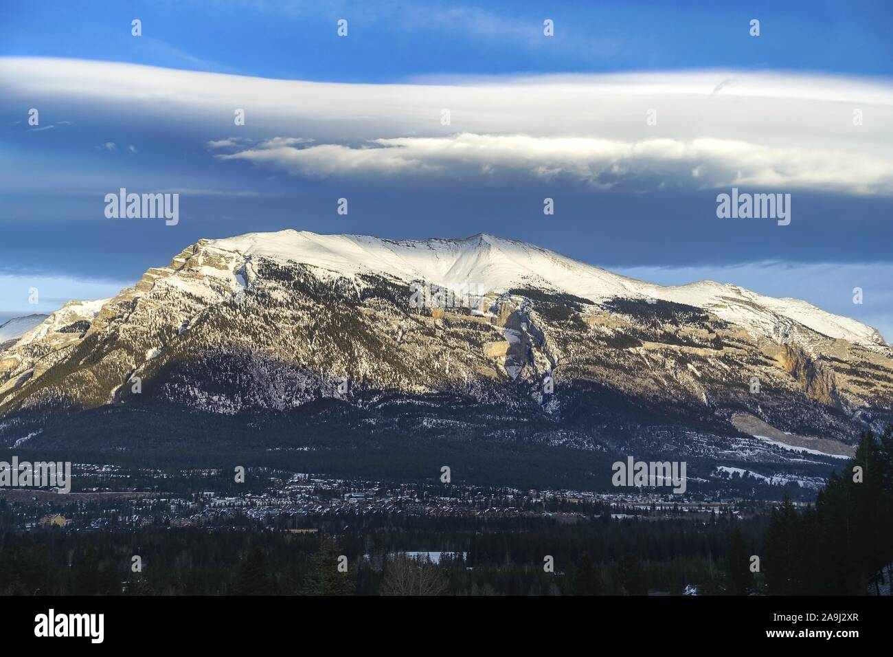 snowcapped-grotto-mountain-peak-landscap