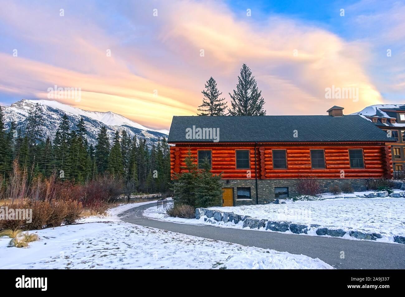 snowy-walking-footpath-by-wooden-alpine-