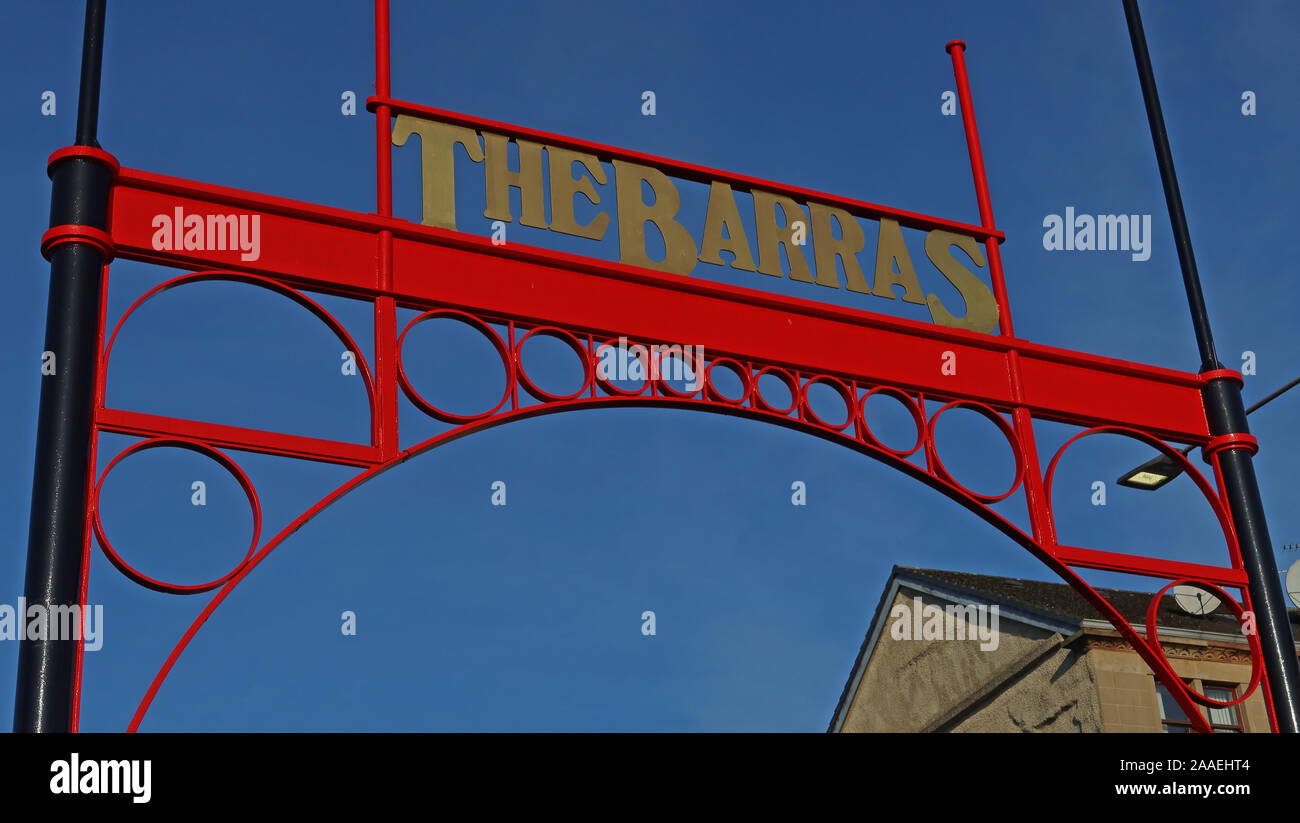 GotonySmith,UK,Scotland,city,city centre,HotpixUK,@HotpixUK,stall,G1 5DX,Calton,G1,The Barras,East End,signs,seedy,Glaswegian,covered markets,notorious,Glasgow,red,red sign