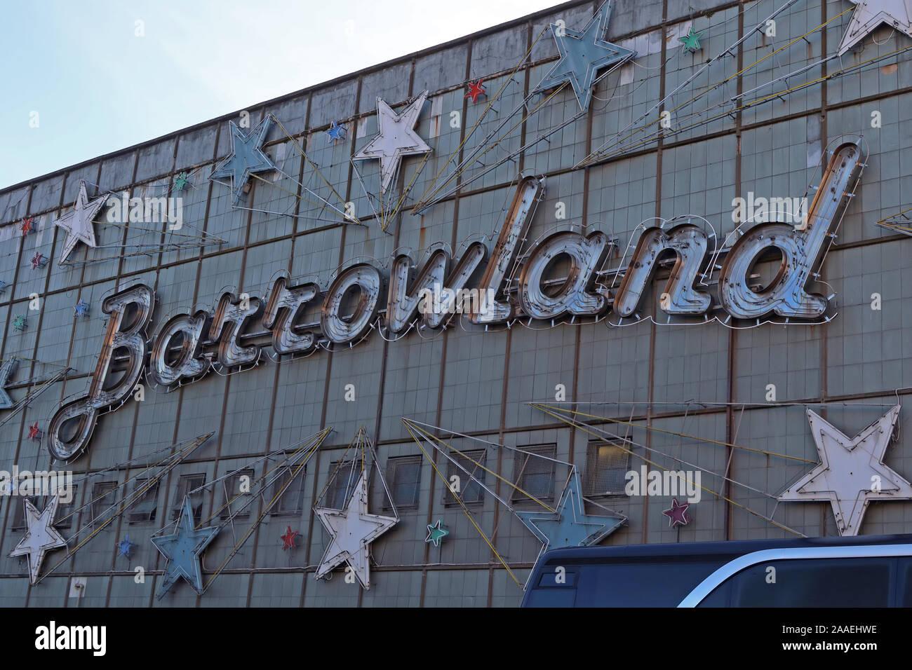 GotonySmith,UK,Scotland,Glasgow,city,HotpixUK,@HotpixUK,Glaswegian,notorious,seedy,signs,East End,G1 5DX,Calton,G1,The Barras,Margaret Maggie McIver,Glasgow Barrowland market,Barrowland building,neon sign,stars,Bible John Murders