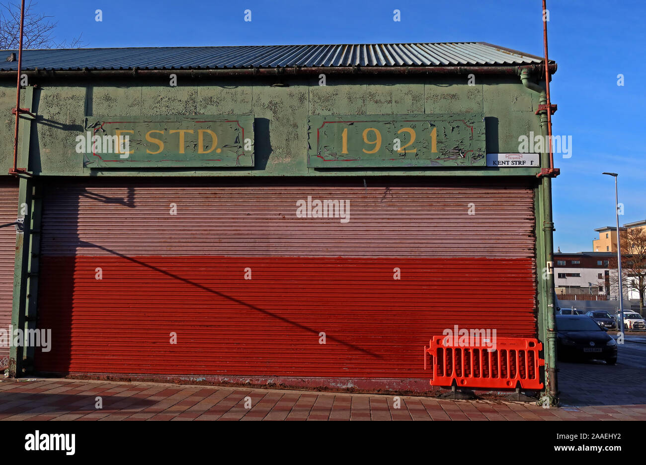 GotonySmith,UK,Scotland,Glasgow,city,city centre,HotpixUK,@HotpixUK,G1,seedy,notorious,signage,Glaswegian,green sign,The Barras,stall,green,covered markets,East End,G1 5DX,Calton,signs,Estd 1921,Established,1921,sign,Estd 1921 Barras sign,Estd 1921 sign
