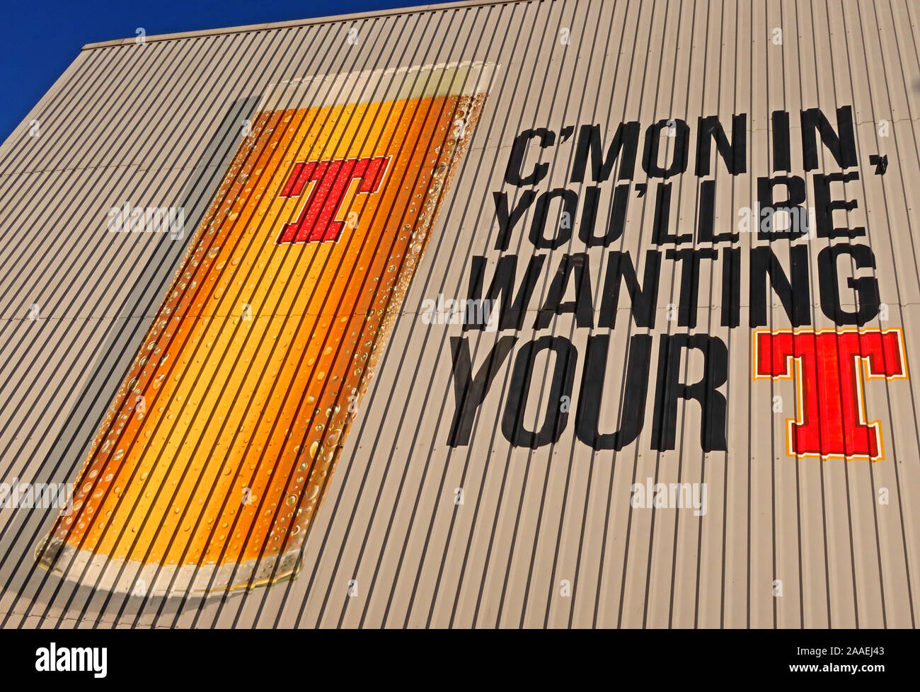 GotonySmith,UK,city,city centre,HotpixUK,@HotpixUK,beverage,beer,G31 1JD,G31,Duke Street,Duke St,on side of Wellpark Brewery,161 Duke St,Glasgow,lager,on side of,giant,can of lager,can of tennents,Cmon in,Youll be wanting your T,advert,promotion,Scottish,brewing,brewery,Glass of lager,Glass or Tennents,C&C Group