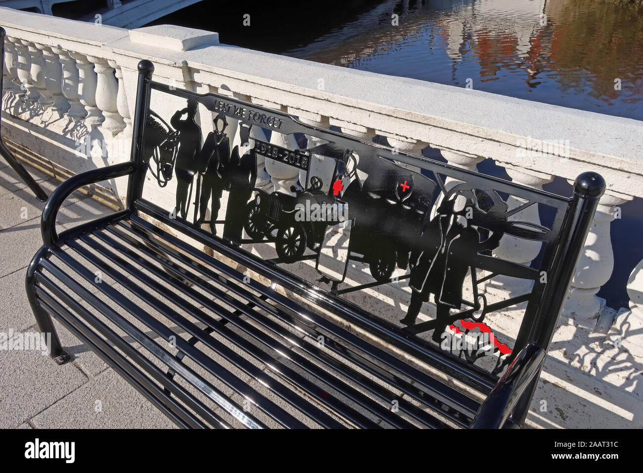HotpixUk,@HotpixUK,GoTonySmith,UK,England,English,River Mersey Crossing,at,bridges,crossing,Mersey,Cheshire,WA1 1WA,WA1,North West,Bridge Foot,Warrington Bridge,bench,benches,walkway,balcony