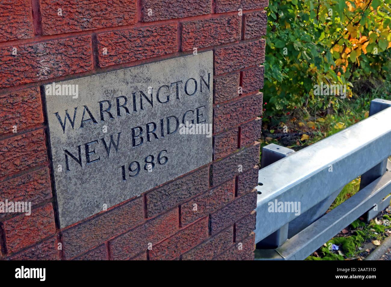 HotpixUk,@HotpixUK,GoTonySmith,UK,England,English,Mersey,at,bridges,crossing,flood,flooding,October 2019,autumn,full moon,lunar,tides,tide,Environmental Agency,flood defenses,River Mersey Crossing,pano,panorama,Cheshire,WA1 1WA,WA1,North West,Bridge Foot,Warrington Bridge,sign,Warrington New Bridge 1986,Warrington New Bridge,1986