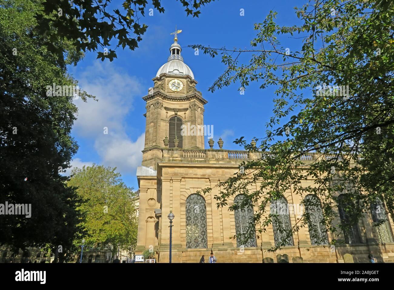 @HotpixUK,HotpixUK,GoTonySmith,UK,Birmingham,City Centre,West Midlands,England,Anglican,cathedral,B3 2QB,city centre,outside,Exterior and dome,dome,Birmingham cathedral,trees,summer