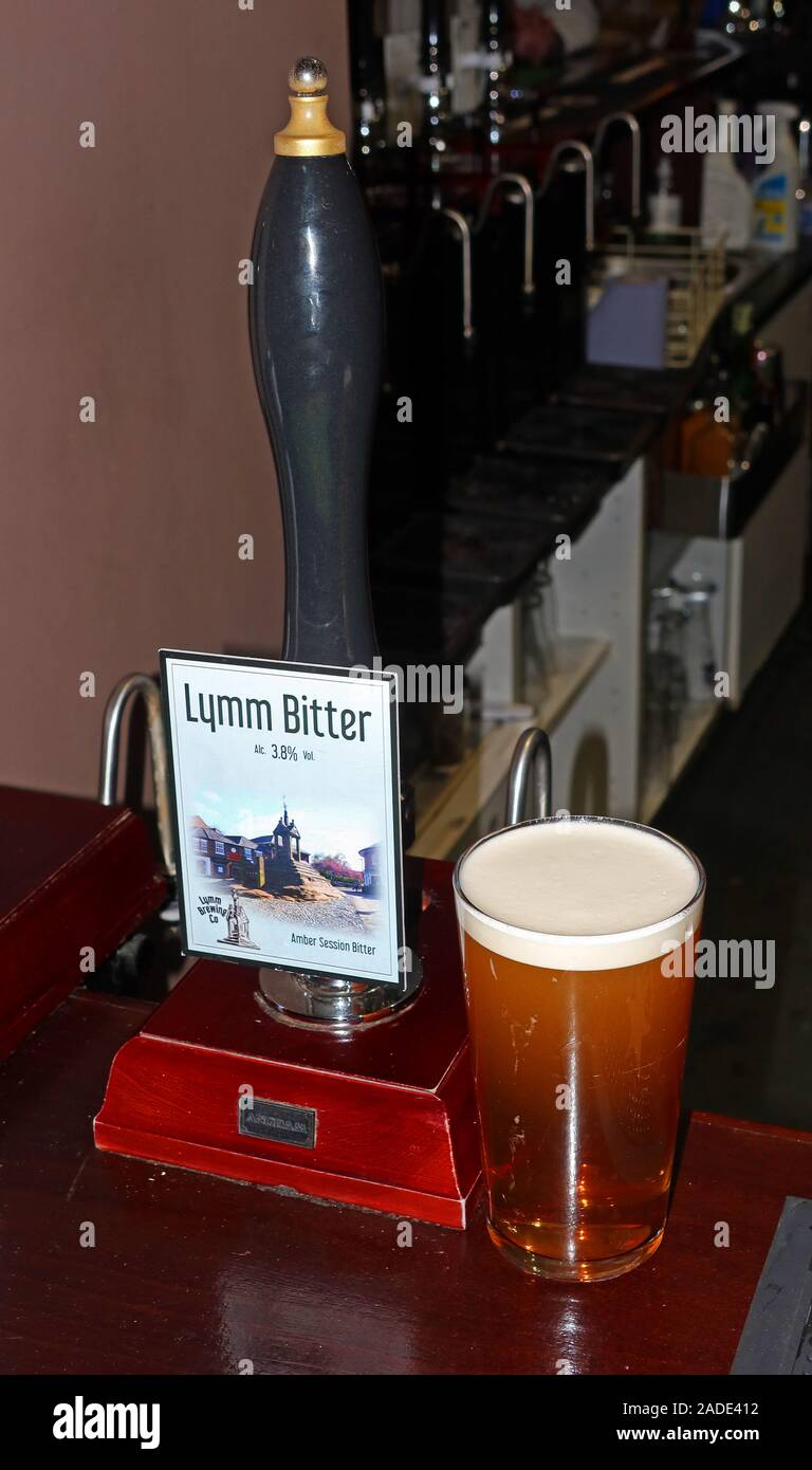 GoTonySmith,HotpixUK,@HotpixUK,pub,bar,ales,local,brewery,pint,pints,with beer,beers,East india,porter,castle,dark,big tree,Dunham Brewery,community,traditional,Warrington,Cheshire,with a pint,micro breweries,Lymm Dam,Bridgewater Blond,IPA