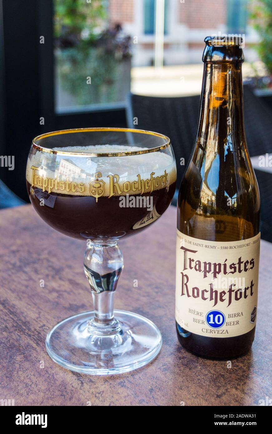 A glass of Rochefort 10 Trappist beer, La Gourmandise bar restaurant, Rochefort, Belgium Stock Photo