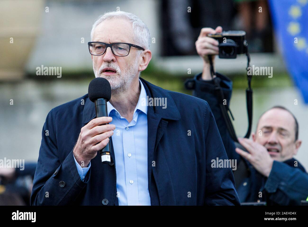 Bristol, UK, 9th Dec, 2019. Jeremy Corbyn is pictured speaking to supporters at a rally in College Green,Bristol.  Credit: Lynchpics/Alamy Live News Stock Photo