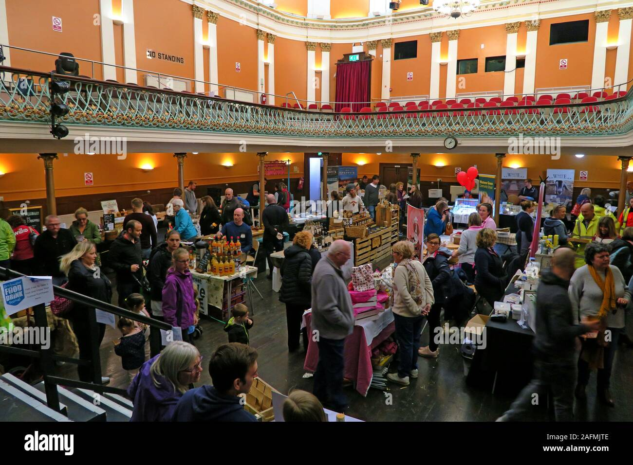 HotpixUK,@HotpixUK,GoTonySmith,Somerset,SDC,Sedgemoor,South West England,England,UK,South West,town,TA6,Food and Drink,festival,cider,food stalls,stalls,drink stalls,tastings,organic,Bridgwater town hall,townhall,venue,Bridgwater Town Team,Bridgwater Town Hall