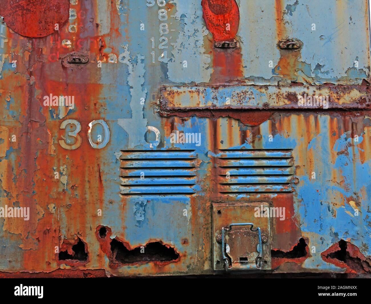 HotpixUK,@HotpixUK,GoTonySmith,Crewe works,rail,railway,trains,engine,transport,history,BR,British Railways,UK,Great Britain,Crewe Works,door,exterior,abstract colors,rust,scrapyard,scrap,locomotive,Rusting,heritage,Railway heritage