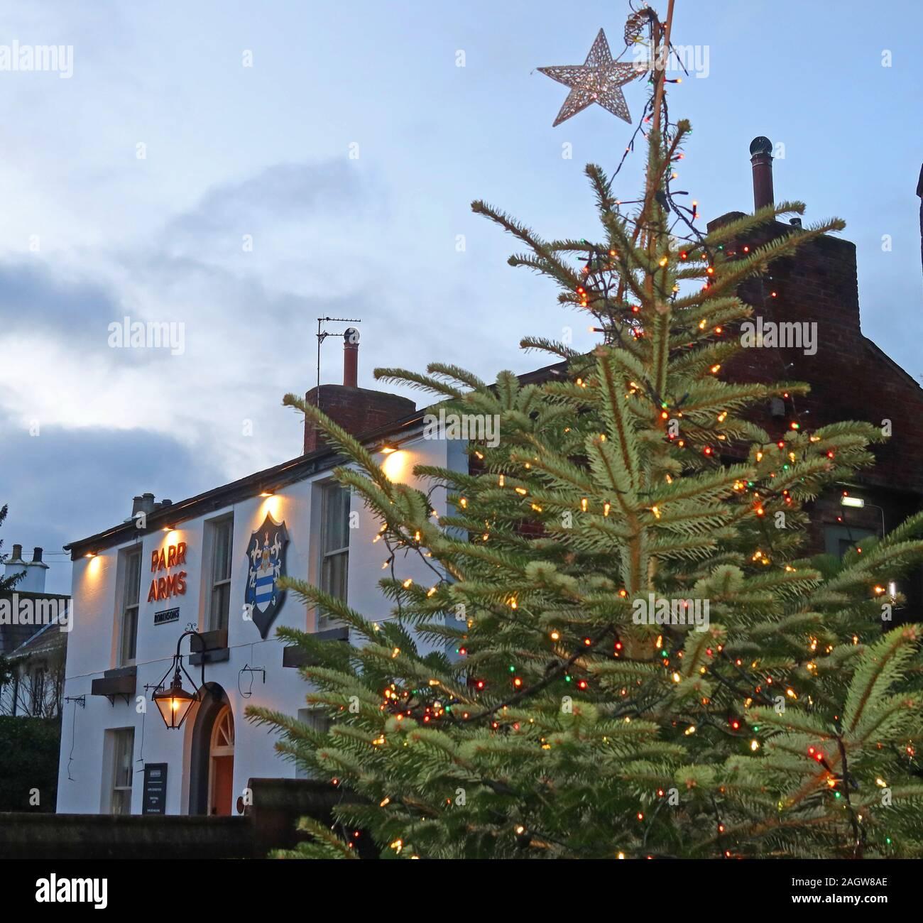 hotpixUk,@HotpixUK,GoTonySmith,Thelwall,South Warrington,WA4,Cheshire,England,UK,pub,bar,village pub,Warrington Villages,at Christmas,Xmas Tree,Christmas Tree,at Xmas,star,lights,Parr Arms Inn,St Wilfrids Church,St Wilfrids,Parr Arms Xmas,Parr Arms Christmas,Robinson,Robinsons,Robinson Pub,Frederic Robinson,Church Lane,Grappenhall,Warrington,dusk,night,Xmas,Christmas