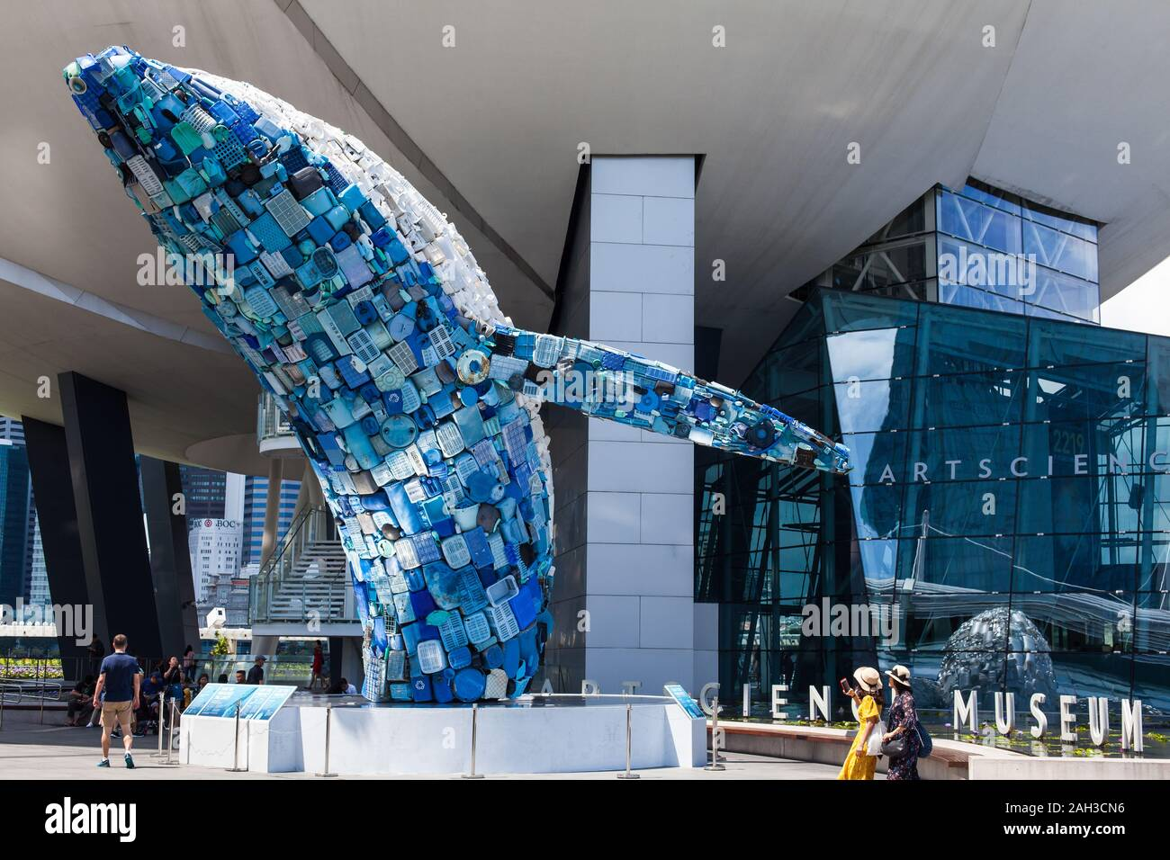 a-huge-size-whale-made-from-plastic-wast