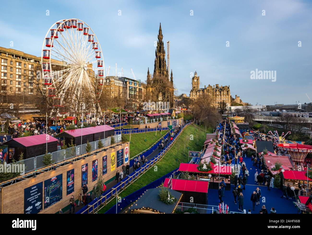 princes-street-gardens-edinburgh-scotlan