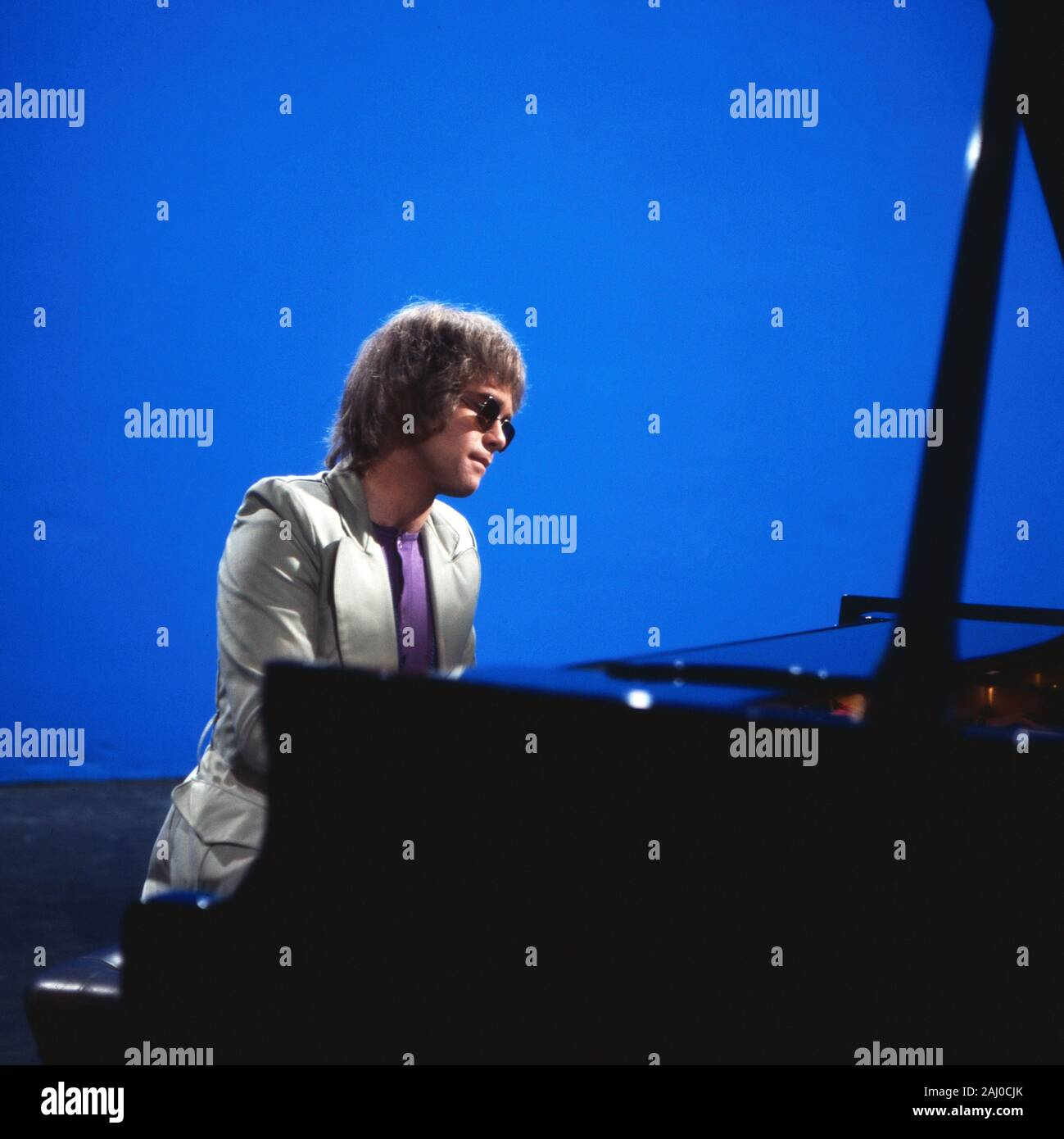 4-3-2-1 Hot and Sweet, Musiksendung, Deutschland 1970, Gaststar: Elton John Stock Photo