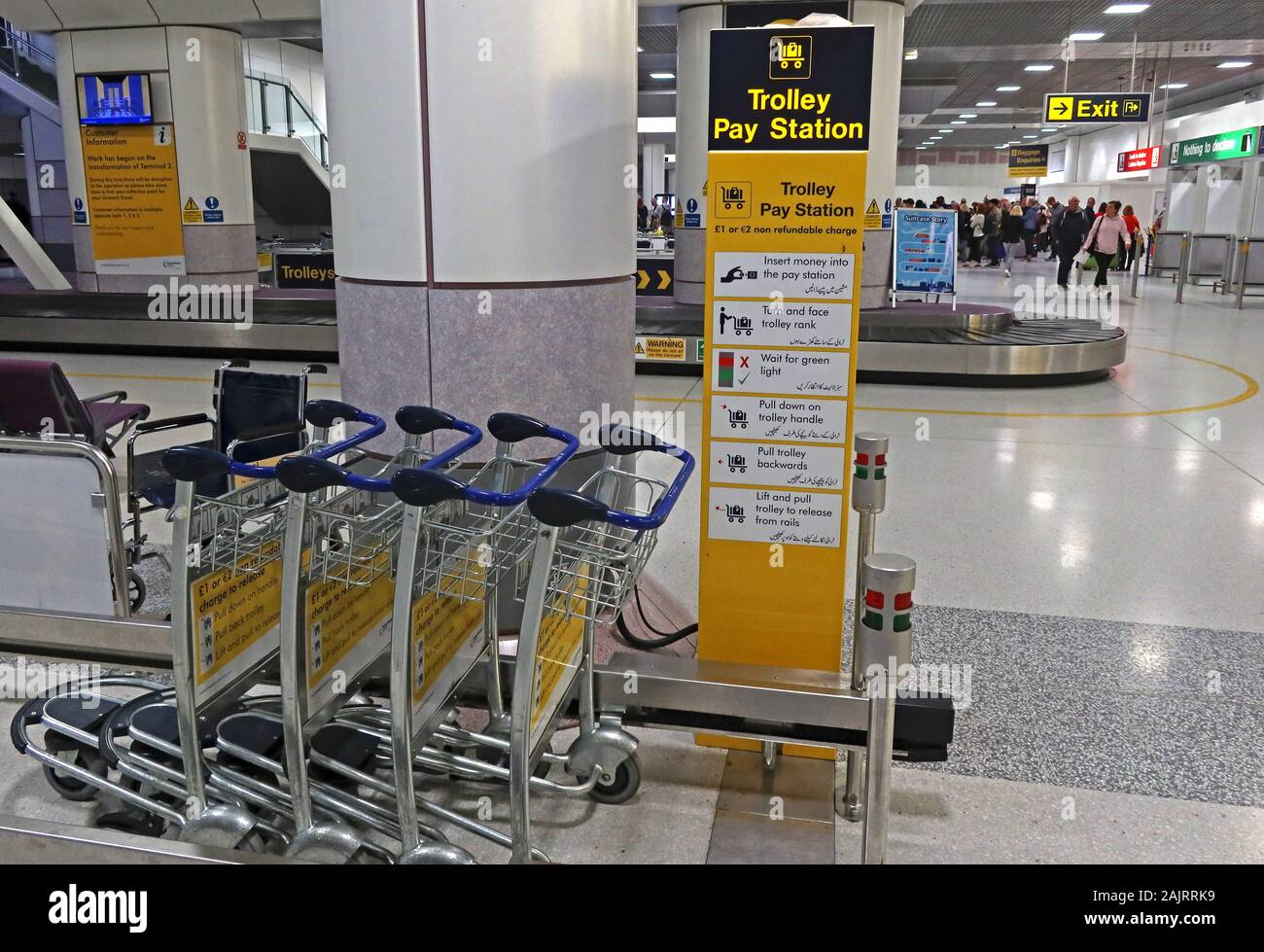GoTonySmith,HotpixUK,@HotpixUK,airport trolleys,Trolley,Pay Station,airport,hire,hire cost,expensive,not enough,grabbing a baggage trolley,grab a,UK airport,UK,arrival,difficult to find,non-refundable hire,non-refundable,nonrefundable,hired,wheel,wheels,Luggage trolleys cost,Luggage trolley cost,cost,price,sign,station
