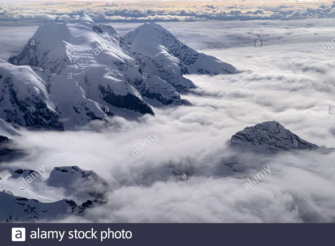 denali-aerial-view-of-the-alaska-range-2