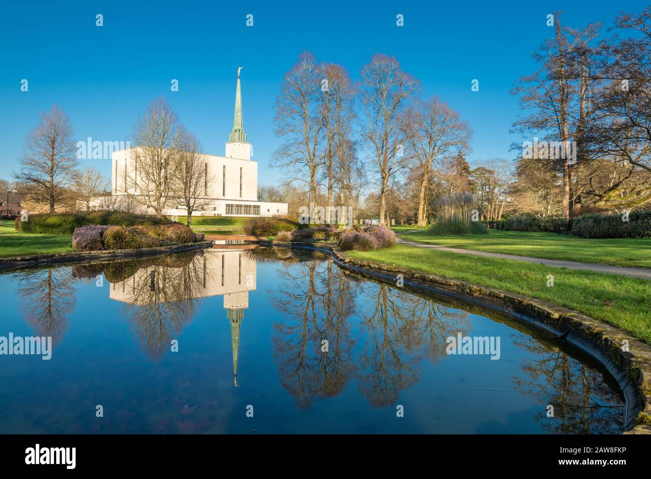 Mormon London England Temple, of The Church of Jesus Christ of Latter-day Saints (LDS Church) near Newchapel, Surrey, UK Stock Photo