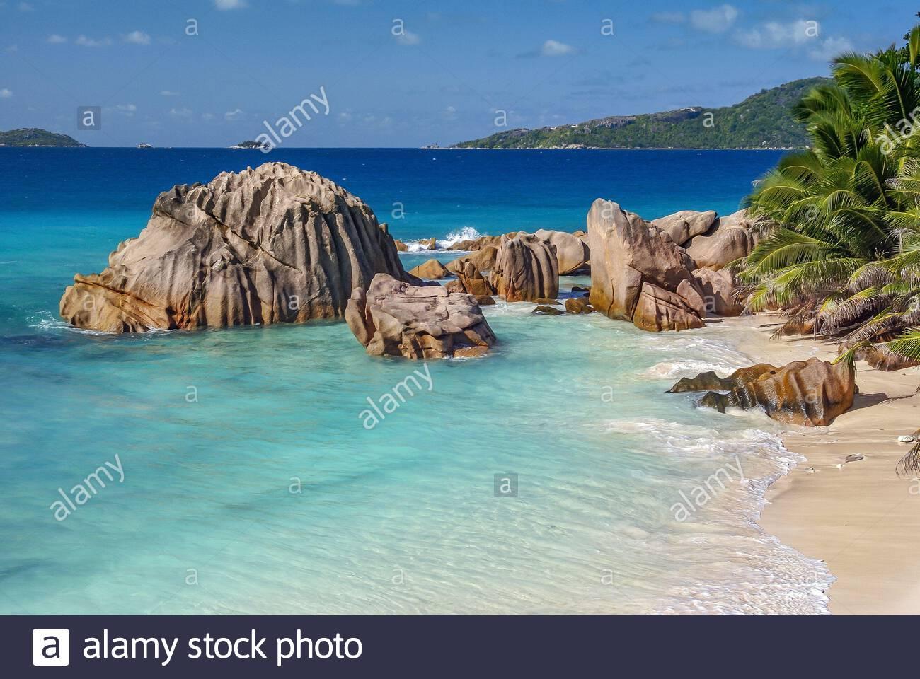 seychelles-la-digue-island-anse-patates-