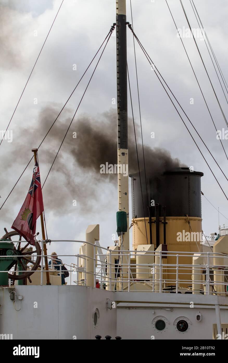 smoking-funnel-of-ss-shieldhall-largest-working-steamship-in-uk-taken-at-southampton-uk-2B10T92.jpg