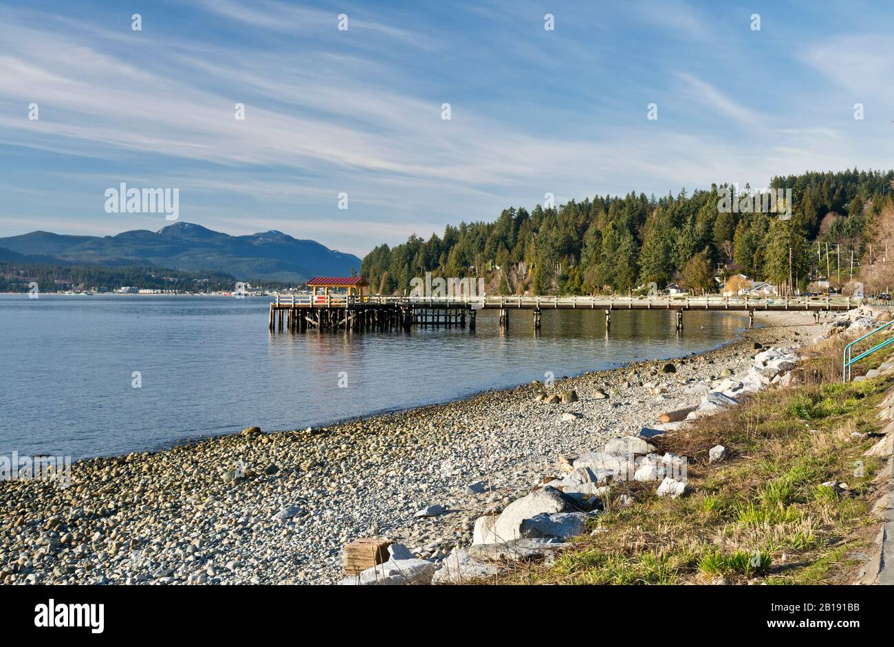 Beach and pier at Davis Bay, British Columbia, near Sechelt, on the Sunshine Coast. Stock Photo