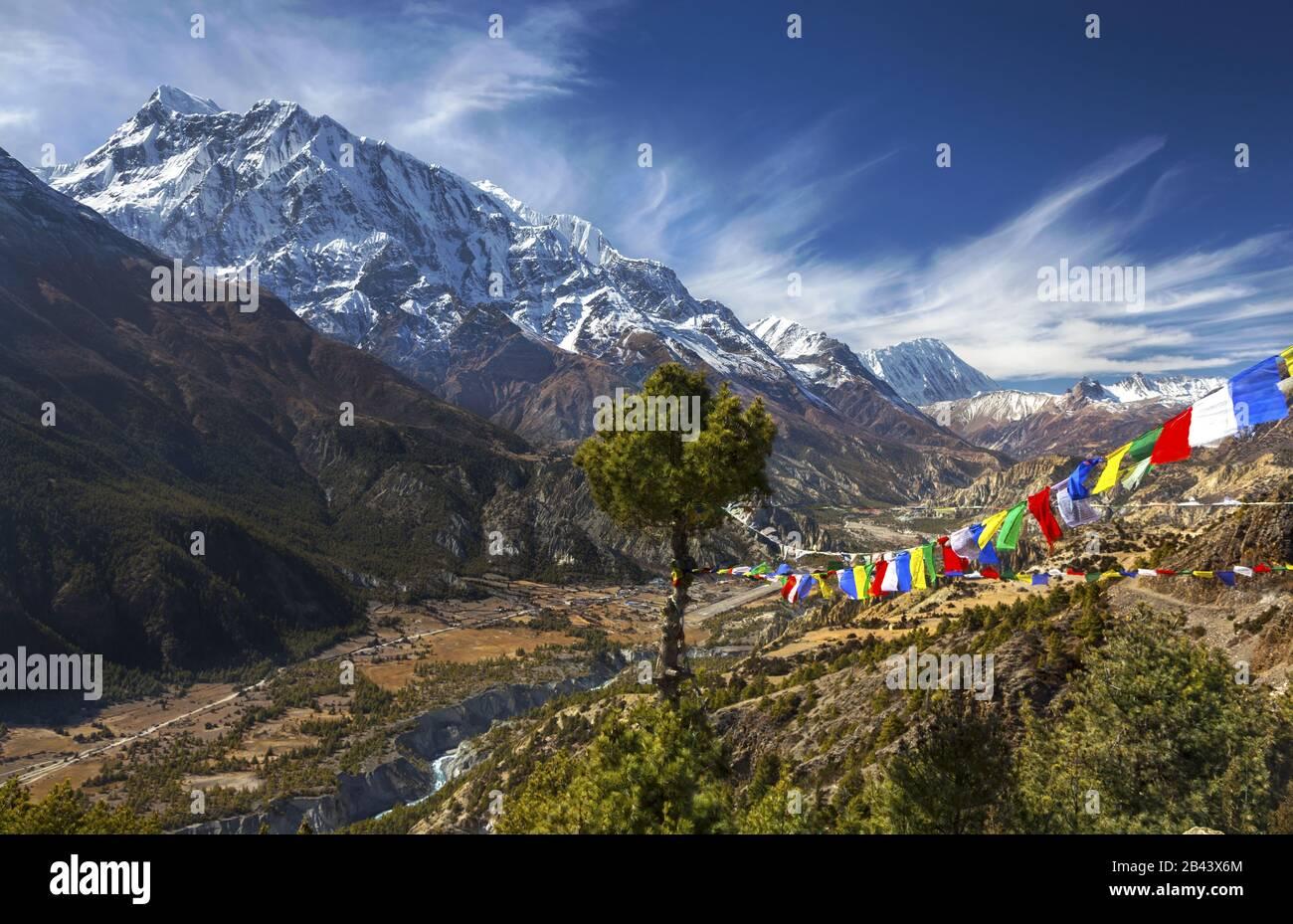 himalaya-mountain-range-landscape-scenic