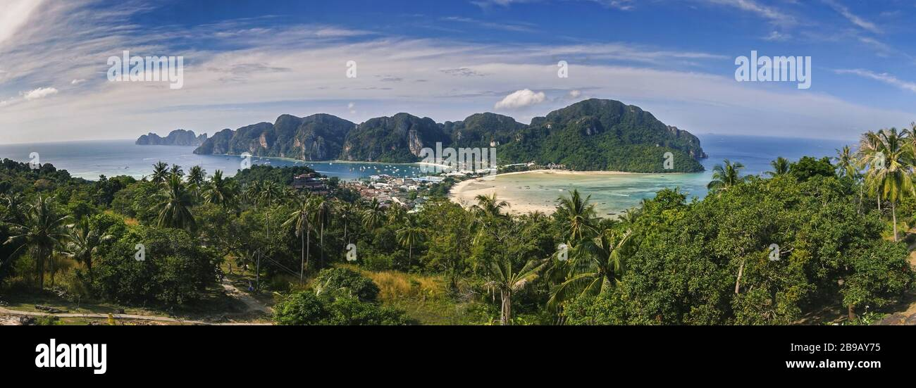 panoramic-landscape-scenic-view-of-phi-p