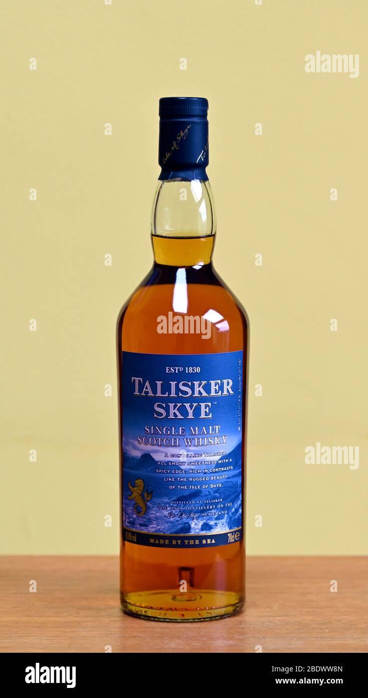 bottle-of-talisker-skye-single-malt-scotch-whisky-2BDWW8N.jpg