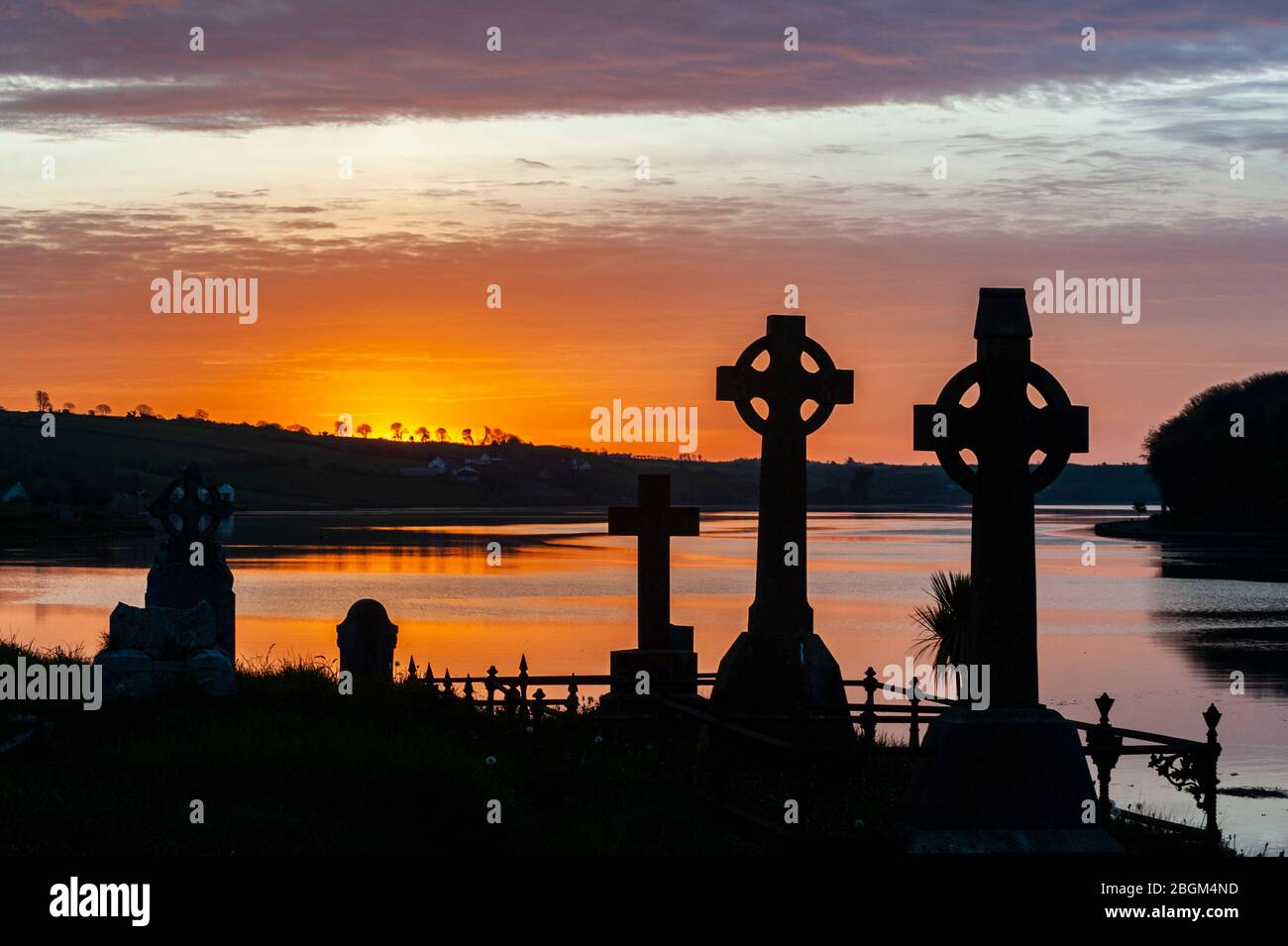 timoleague-west-cork-ireland-22nd-apr-2020-the-sun-rises-over-timoleague-abbey-graveyard-on-the-50th-anniversary-of-earth-day-earth-day-is-celebrated-across-the-world-and-is-a-call-to-action-to-help-protect-the-earth-credit-ag-newsalamy-live-news-2BGM4ND.jpg