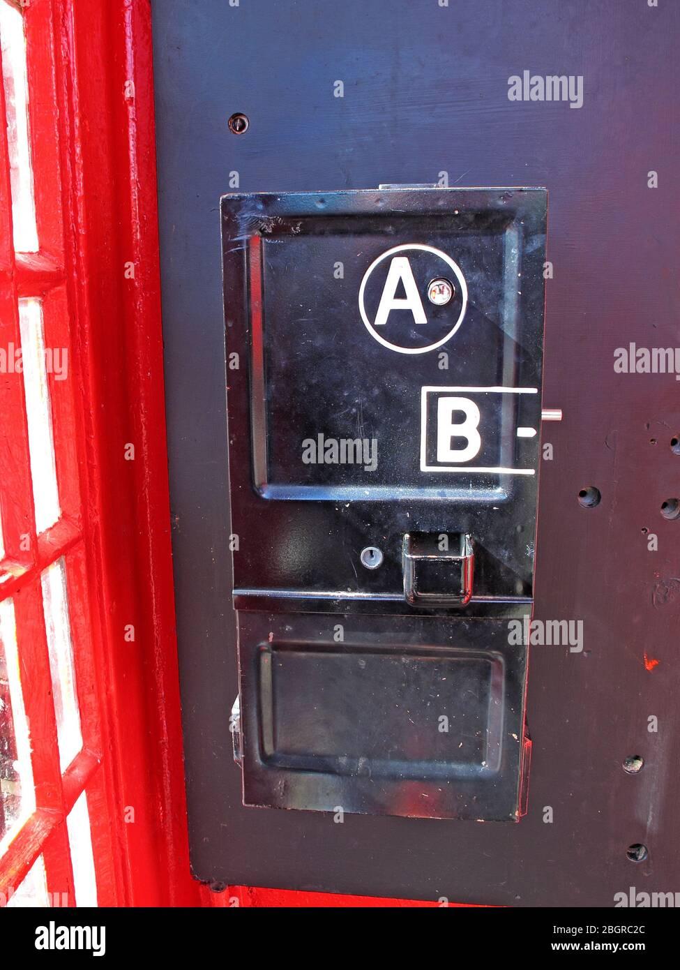 @hotpixuk,Hotpixuk,GoTonySmith,telephone,box,phone,BT,GPO,phonebox,coins,1940,1950,public telephone,telephone engineer,engineer,slot,coin slots,slots