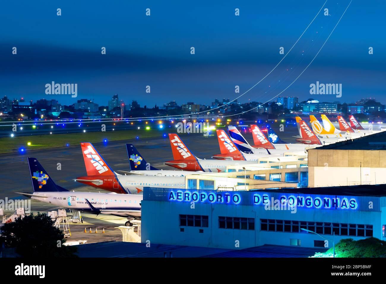 sao-paulo-congonhas-airport-showing-mult