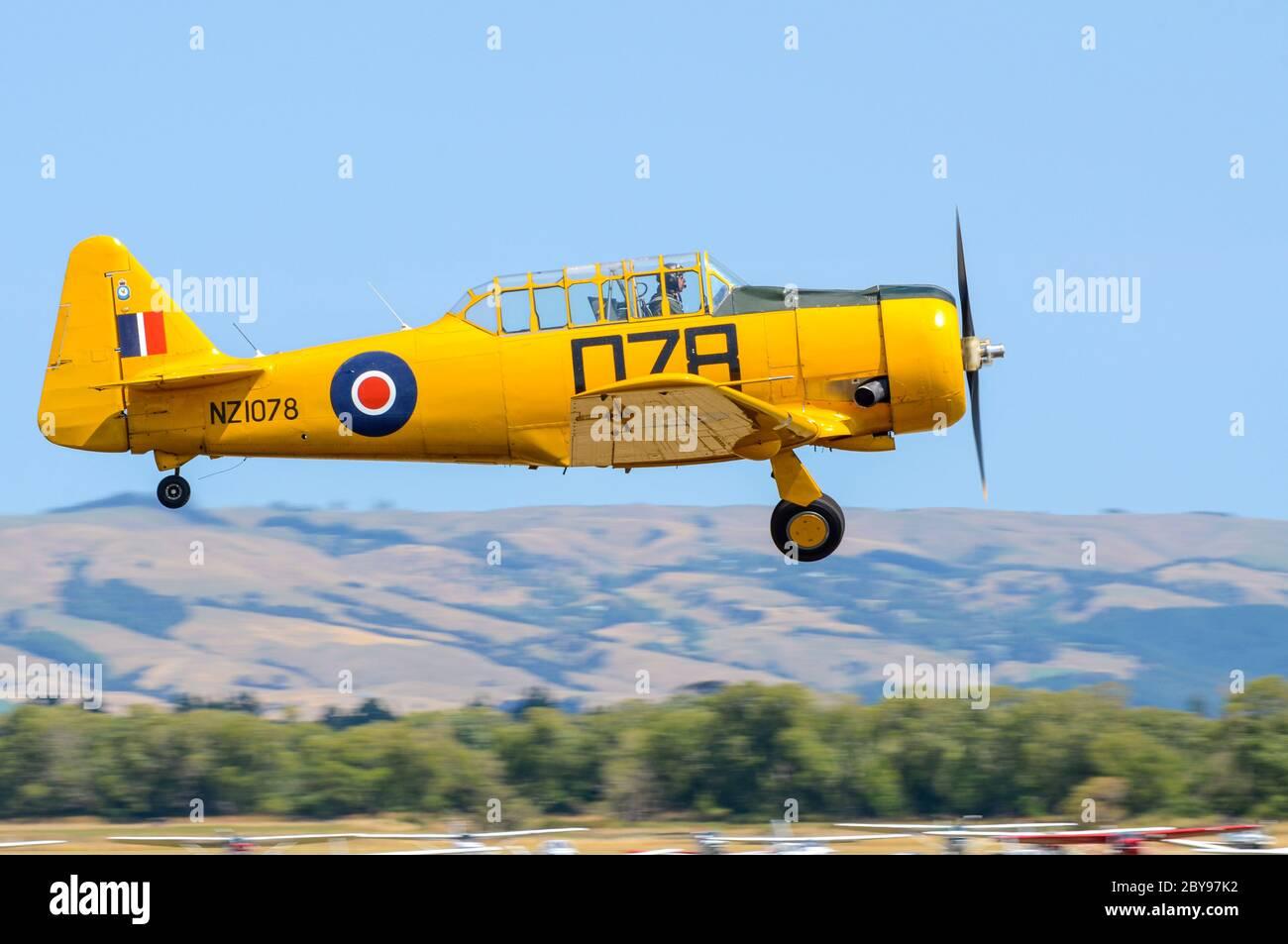 north-american-t-6-harvard-texan-second-world-war-training-plane-at-wings-over-wairarapa-airshow-hood-aerodrome-masterton-new-zealand-raf-yellow-2BY97K2.jpg