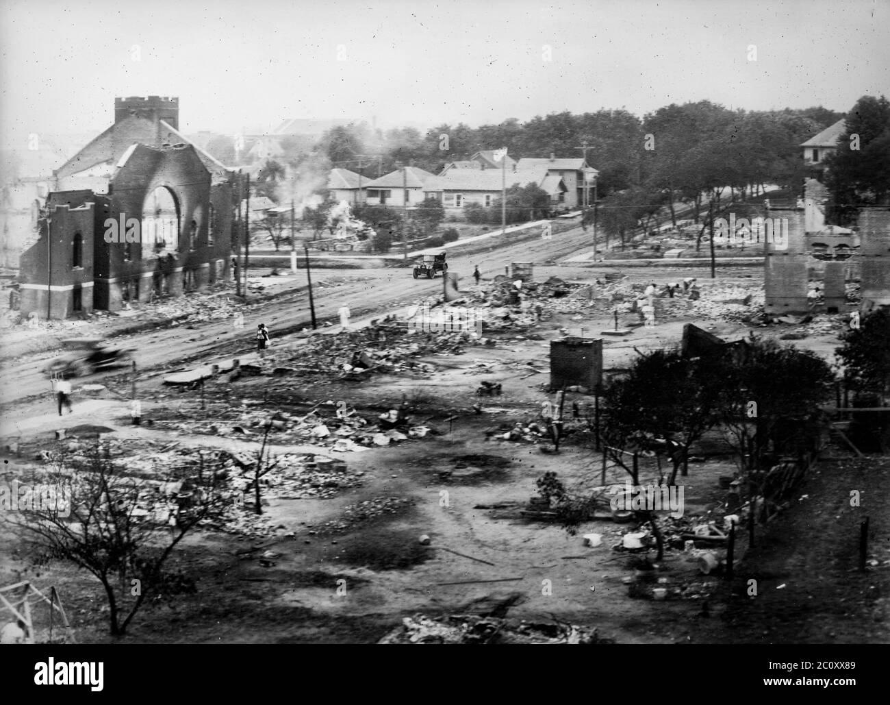 Race riots in Tulsa, Oklahoma on June 21, 1921. Part of district burned in race riots, Tulsa, Okla. Stock Photo