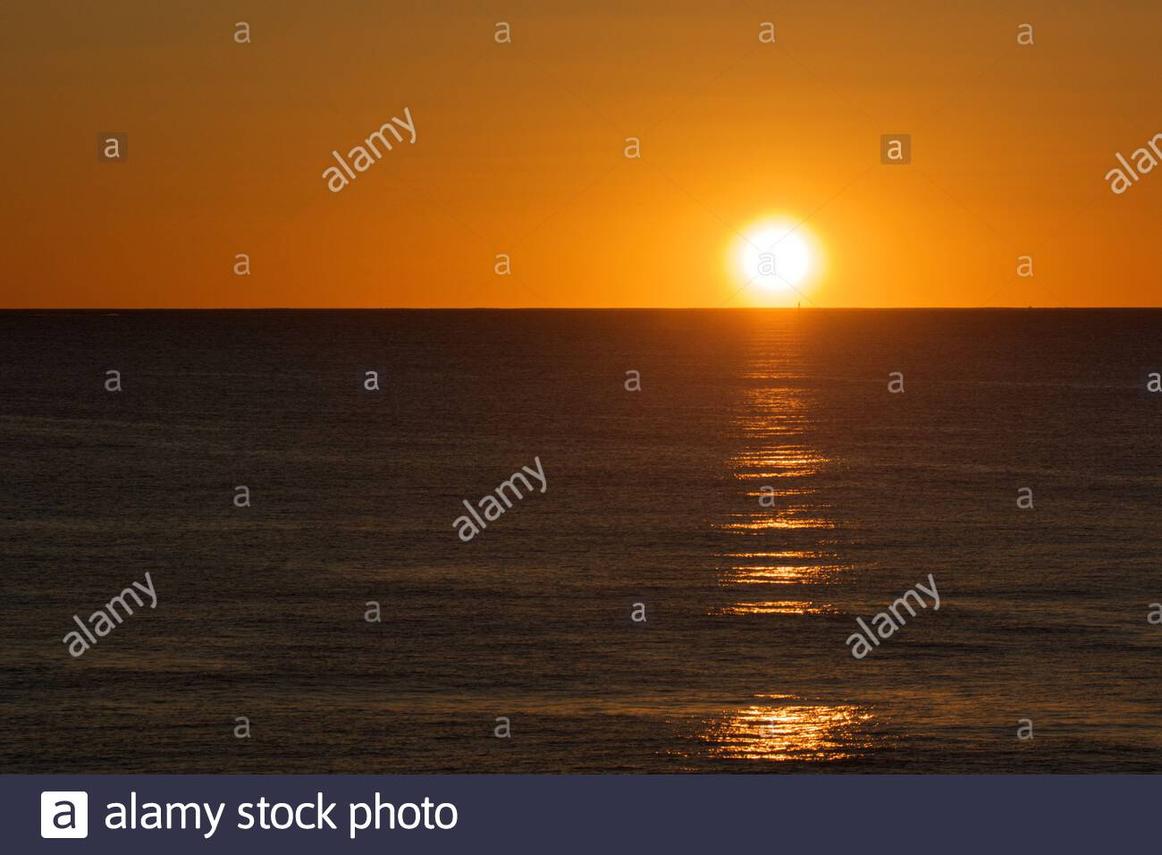sunset-as-seen-from-north-beach-in-perth-western-australia-with-an-orange-smoky-glow-2C3HG74.jpg