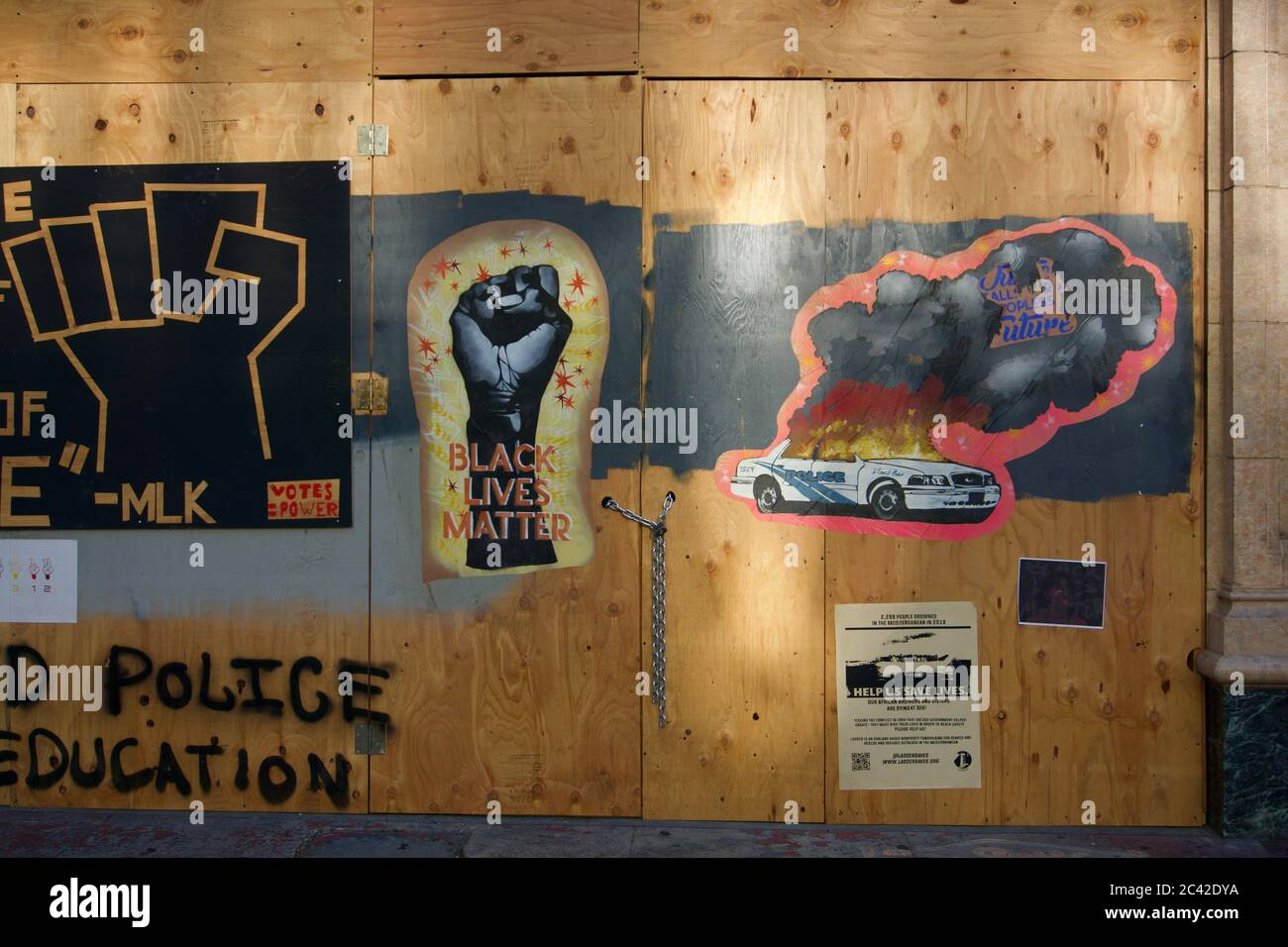 black-lives-matter-protest-street-art-on-boarded-up-buildings-after-the-killing-of-george-floyd-and-subsequent-looting-of-downtown-oakland-2C42DYA.jpg