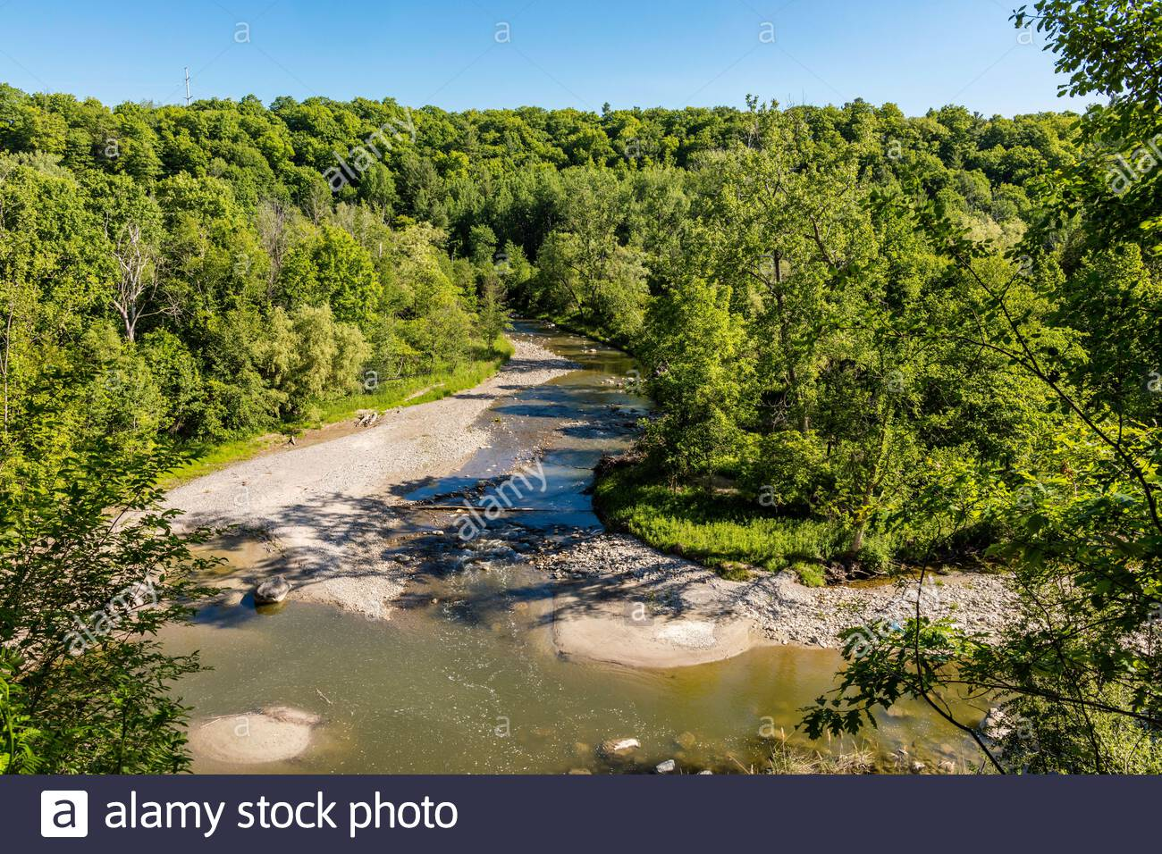 rouge-river-in-the-rouge-valley-winds-th