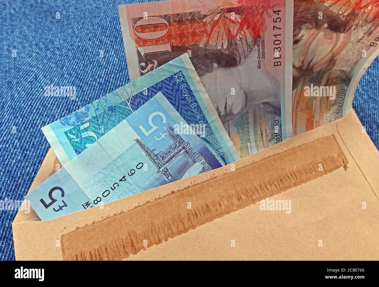 HotpixUK,@HotpixUK,GoTonySmith,Warrington,Cheshire,England,UK,note,notes,cash,sterling,currency,5 pound,10 pound,20 pound,cash money,economy,bribe,inducement,commission,payment,black economy,back hander,backhander,envelope,brown envelope,British,Great Britain,hard currency,legal tender