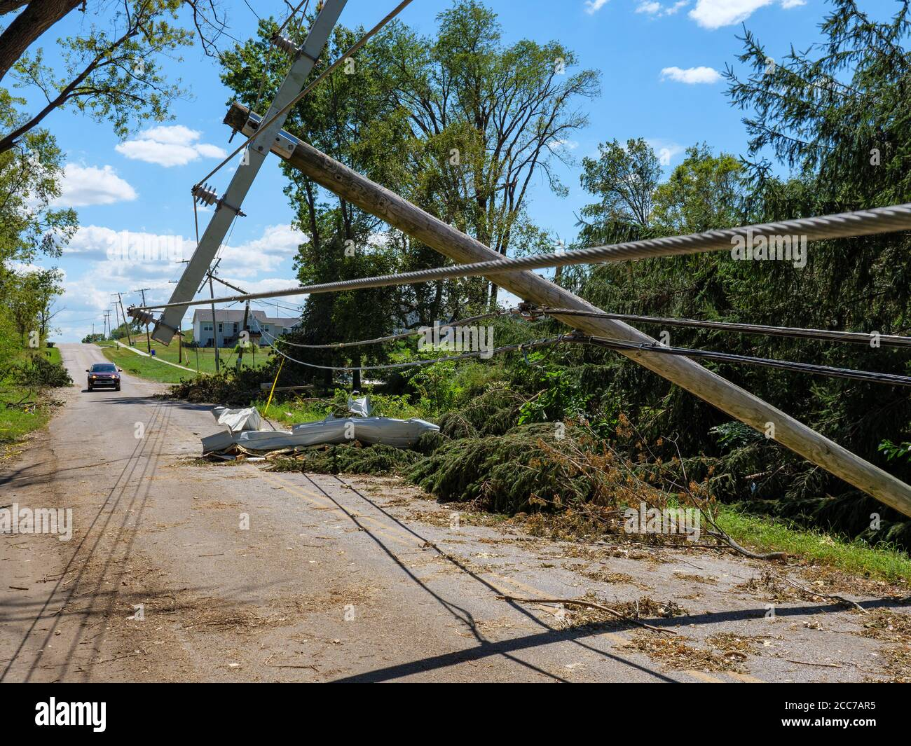 utility-line-blown-down-by-derecho-of-au