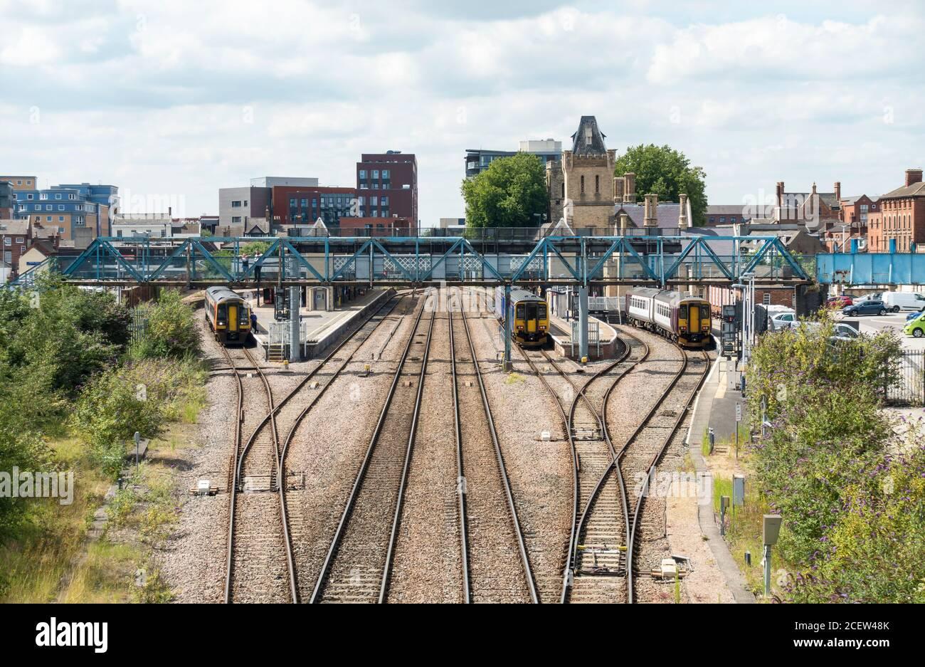 lincoln-railway-station-from-pelham-bridge-july-2020-2CEW48K.jpg