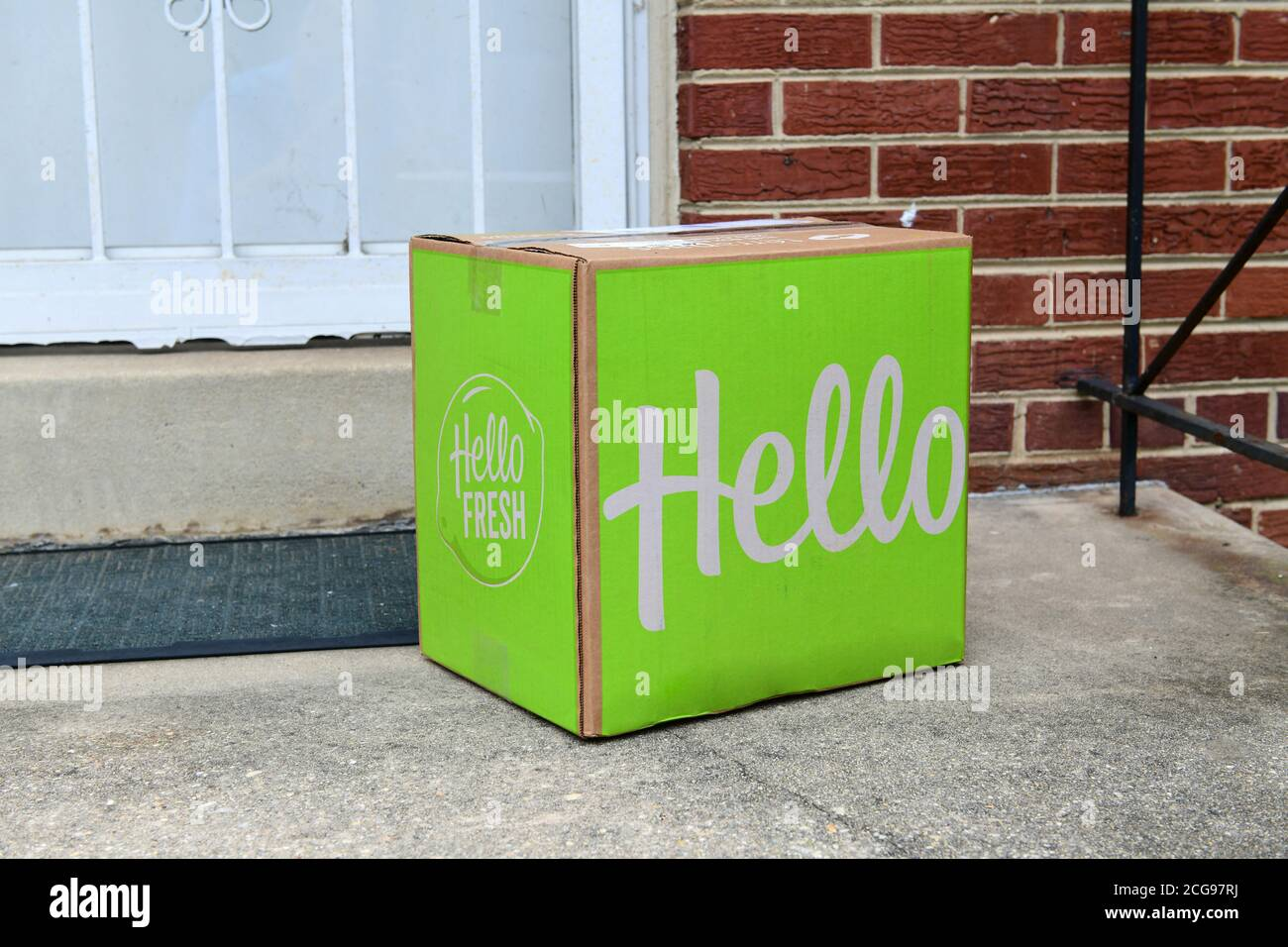 Hello Fresh meal kit box delivered to the front door of a house USA Stock Photo