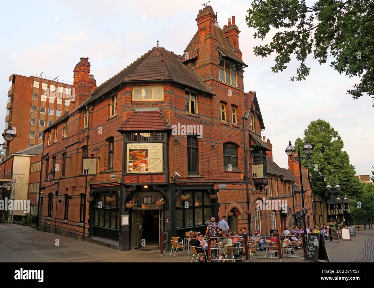 HotpixUK,@HotpixUK,GoTonySmith,UK,England,Great Britain,GB,Nottingham,city centre,Nottingham city centre,Notts,Nottinghamshire,Traditional pub,Great British,1980,pub,The old castle inn,bar,in a bar/pub,beers,brewhouse,brewery