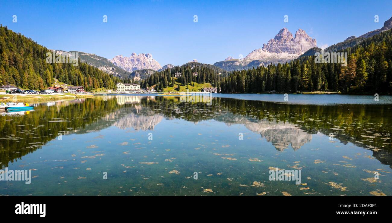 lago-di-misurina-misurina-lake-with-mirr