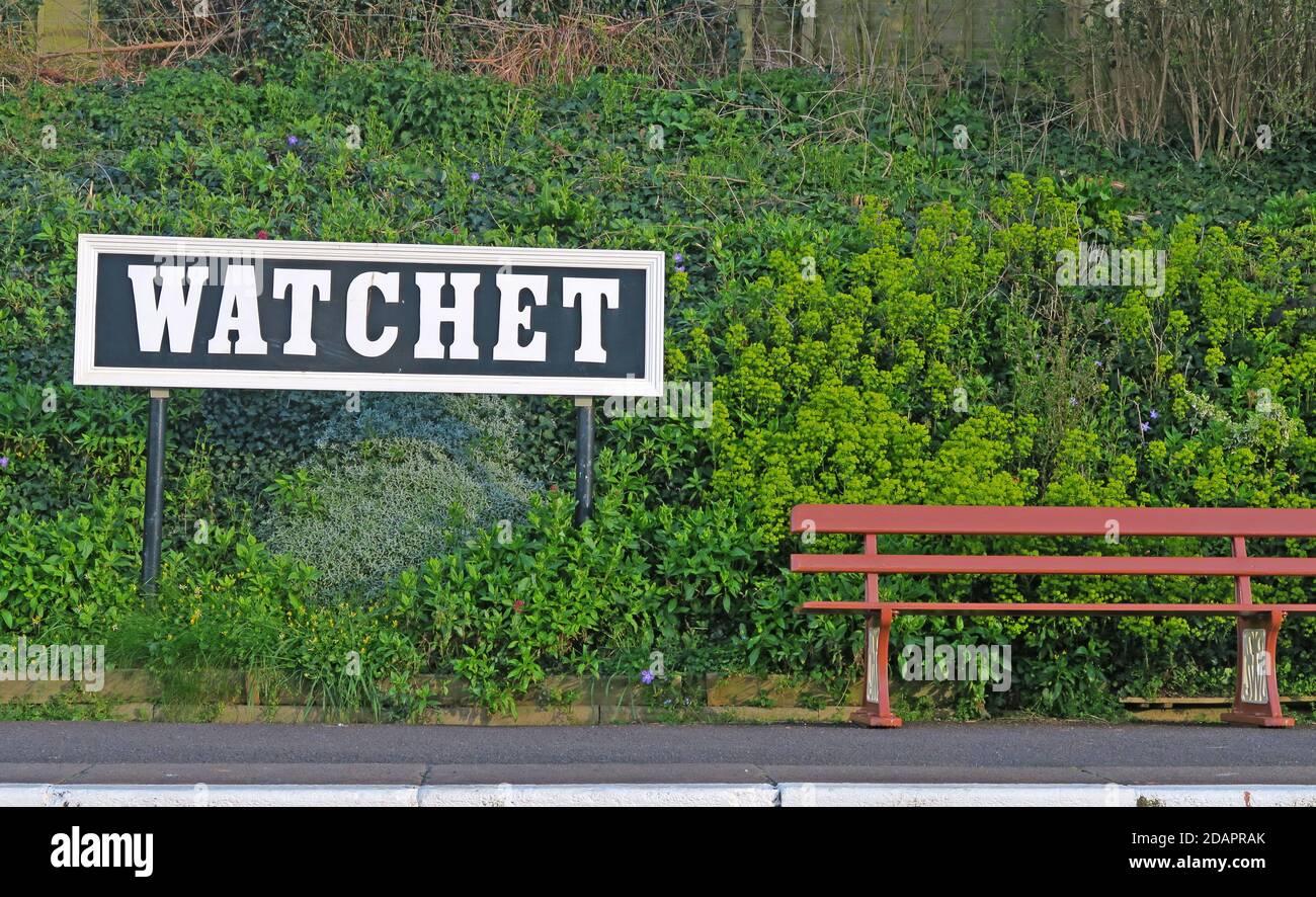 Hotpixuk,@Hotpixuk,GoTonySmith,England,UK,GB,Great Britain,town,village,station,SWT,West Somerset Railway,WSR,train,train station,transport,history,historic,tourist,tourism,attraction,GWR,Restored Watchet Station,restored,sign,bench,platform